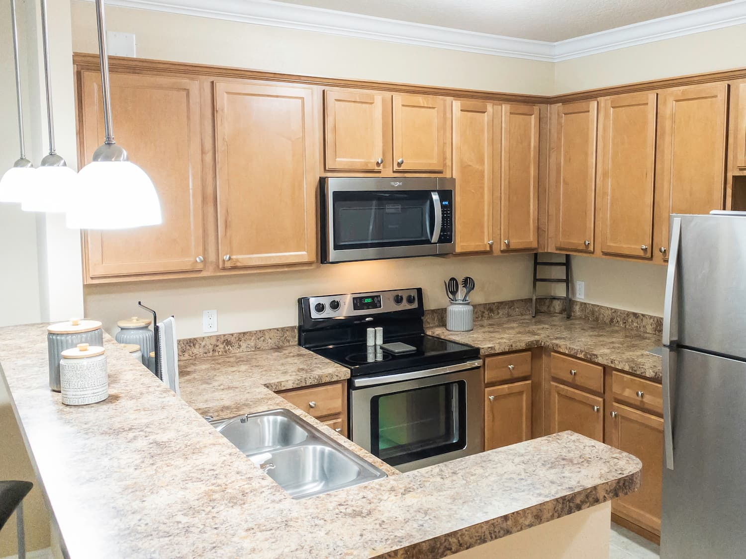 Large Gourmet Kitchen w_ Stainless Steel Appliances